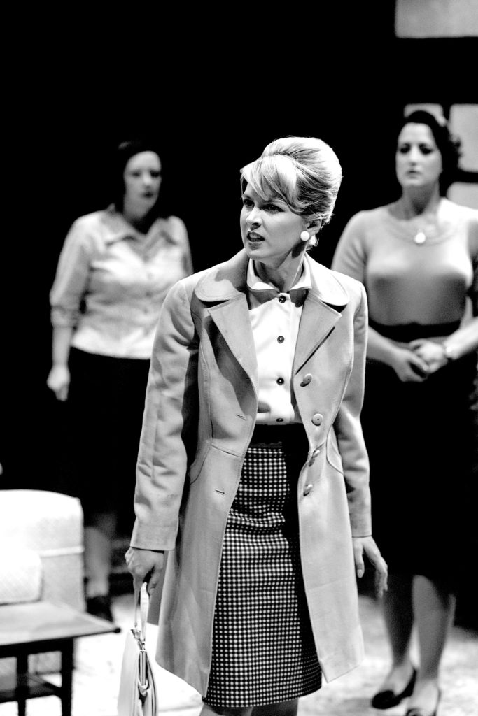 Katie Moore as Rita in BILLY LIAR (Royal Exchange Theatre until 12 July). Photo - Jonathan Keenan (1)